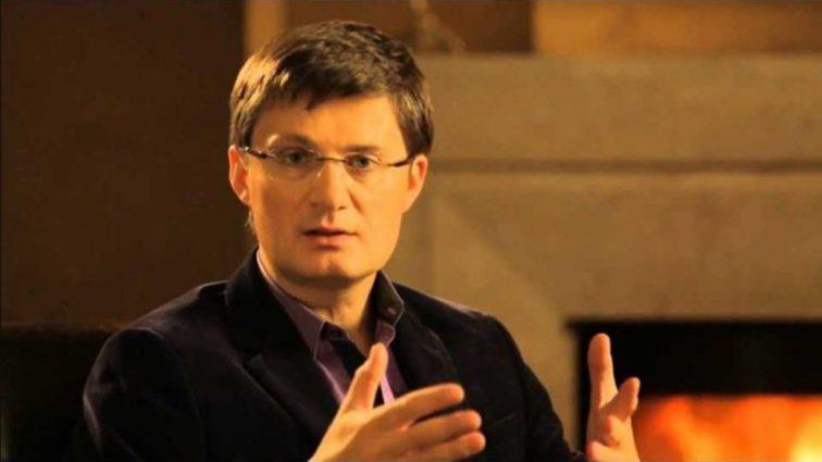 «Украинцам к англичанам — как в Киев на четвереньках»: Кондратюк резко высказался о зароботчанах