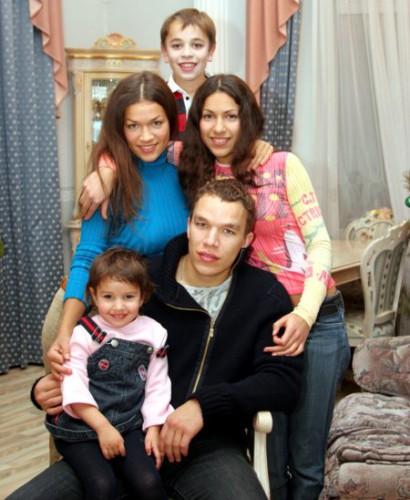 «Депутатская хитрость или гениальная жена?»: Тайны семейной жизни кума Фирташа, депутата Юрия Бойко