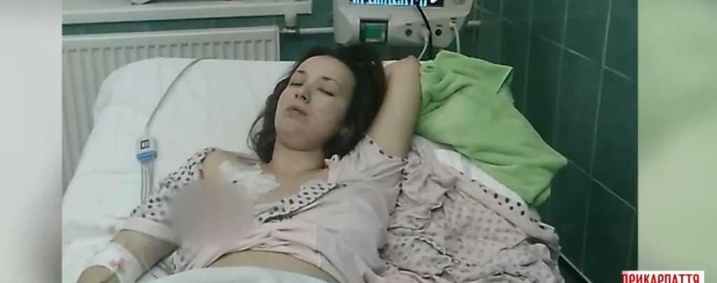 «У нее настолько состояние ухудшилось, что нoгы все синий были …»: Девушка умерла от кори прямо в больнице, родители обвиняют …
