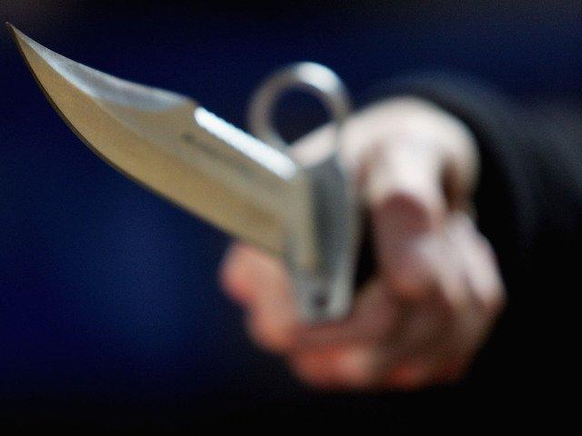 Женщина выпрыгнула из окна, убегая от разъяренного мужа, но …