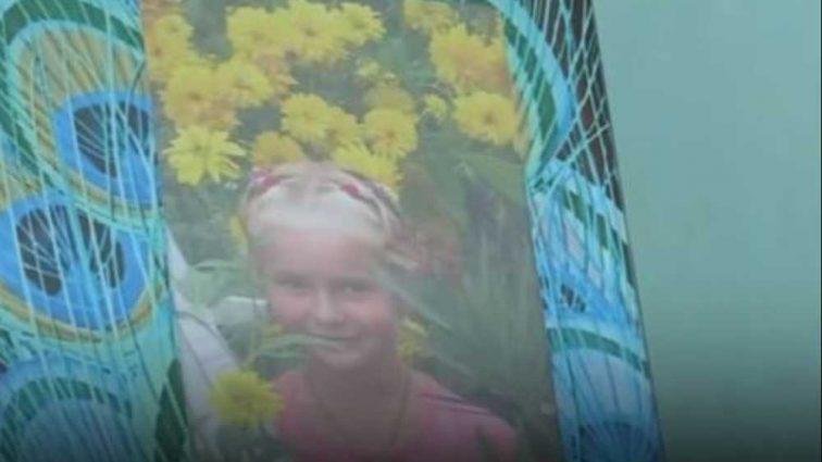 «Собиралась к маме в Польшу»: 12-летняя школьница покончила жизнь самоубийством