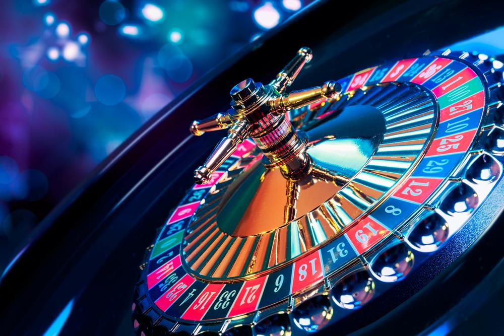 «Дополнительно работали проститутки»: В Киеве прикрыли элитное казино, в котором был еще и бордель