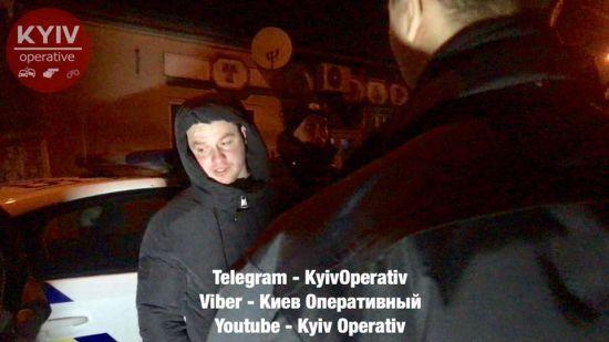 «Знает как признать протокол недействительным»: Полиция задержала пьяного в «зюзю» бывшего главу харьковских патрульных
