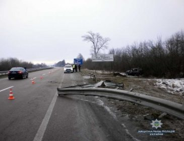 Пассажирский автобус попал в смертельное ДТП