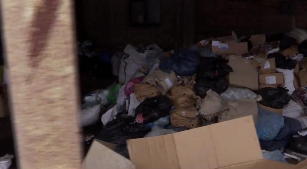 «Видели руку, видели ногу — это то, что из пакетов выпало»: Среди лекарственных отходов обнаружили тонны человеческих останков