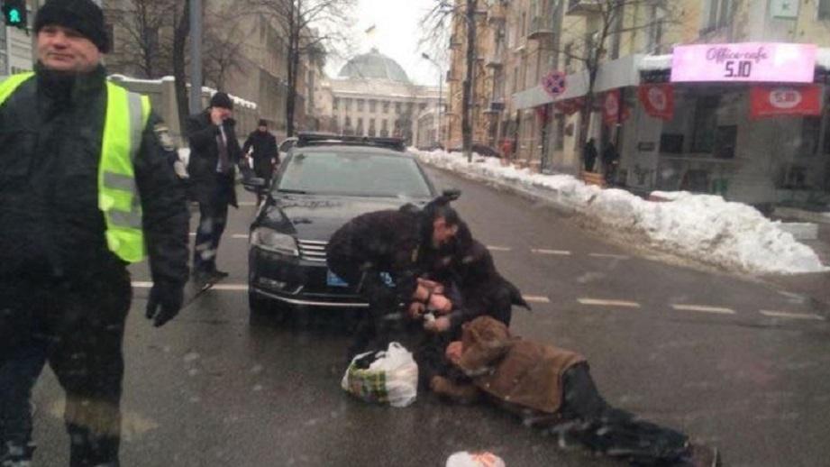 «Ну как помогают? По крайней мере, выражают готовность … «: Сын мужчины, которого в Киеве сбил кортеж Президента, рассказал правду