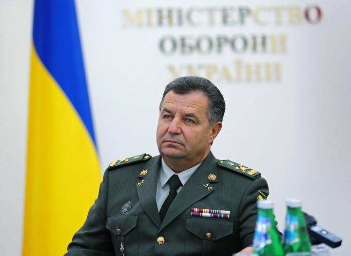 «Бомж» миллионер: Вся правда про то, как, обладая огромными доходами, Министр обороны живет за счет украинцев