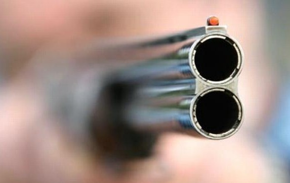 Такое бывает только в фильмах: Ревнивый муж застрелил свою жену и ее любовника