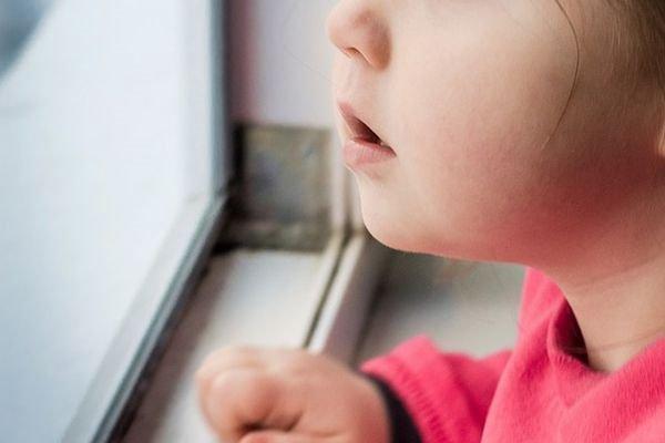 «У девочки разорван ротик и половые органы»: Отец до смерти насиловал двухлетнюю дочь