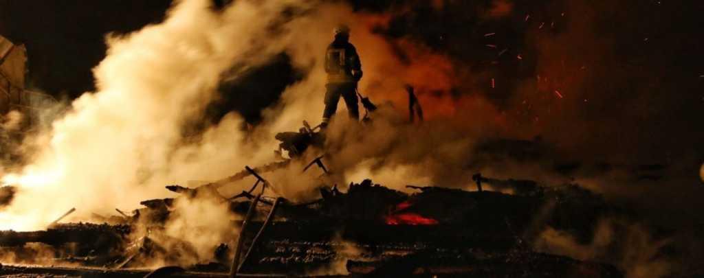«Начался бунт, а затем произошел пожар»: Почти 70 человек сгорели заживо в тюрьме