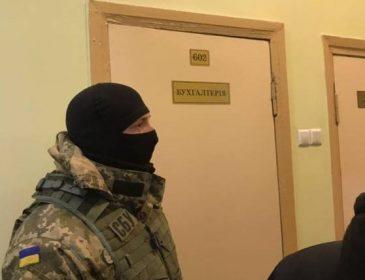 Обыски у Кернеса: Сотрудники прокуратуры с собаками ворвались в Харьковский горсовет
