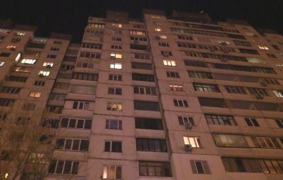 Трагическая смерть студентки: Во Львове 17-летняя девушка выпала из окна общежития и умерла