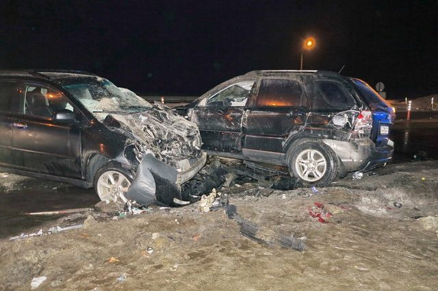 Жуткое ДТП в столице: От авто осталась лишь груда металлолома