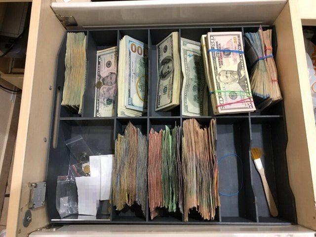 «Помогал отмывать деньги…»: Раскрыли преступную схему экс-банкира