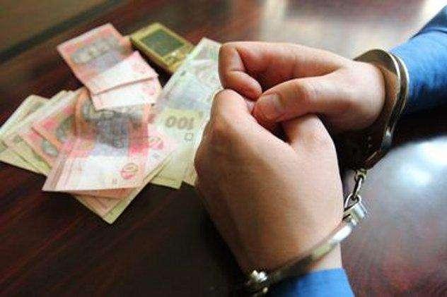 «Он вымогал деньги у…»: Проректора-взяточника поймали на горячем