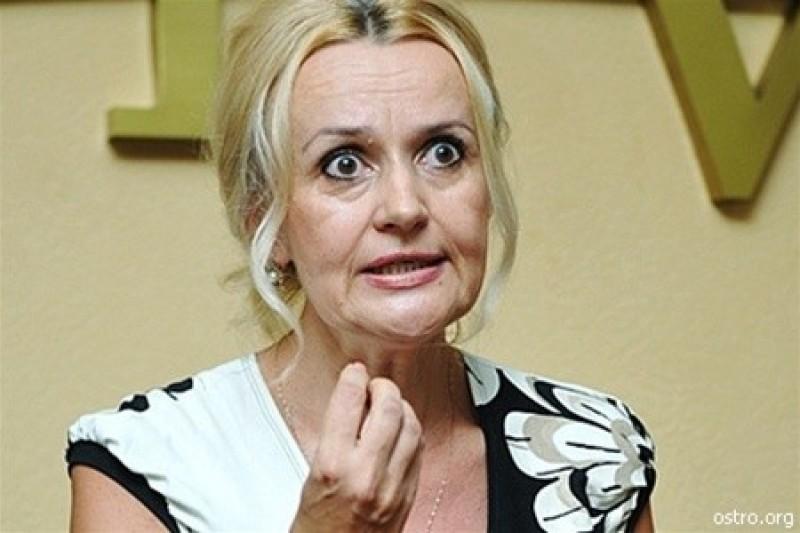 «Лучше всех поздравила Фарион»: Политик фактически назвала украинок проститутками