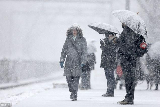 Холод и снегопады возвращаются: Спасатели предупредили о резком ухудшении погоды