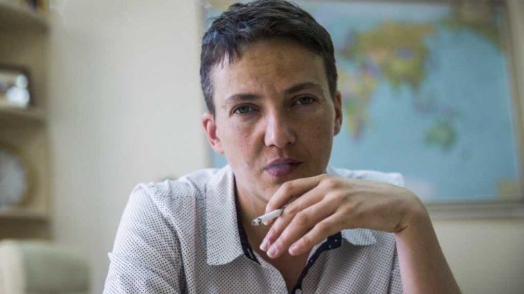 «Суд начнется через 30 минут»: Поклонники Савченко уже собрались под зданием