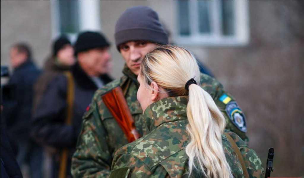 «Почки отказали, но она не перестает …»: Волонтер Елена Шевцова, ошеломила украинцев