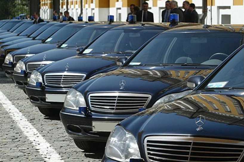 Автопарк стоимостью в один бюджет Украины: На чем ездят «бедные» нардепы