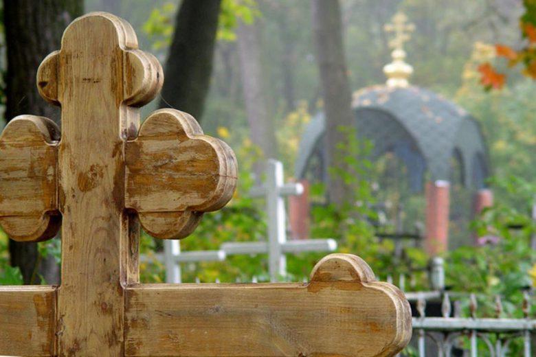 «Будут ждать несколько недель, чтобы похоронить»: Уже с 15 марта вводятся новые правила захоронения умершего