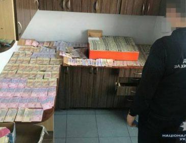 «Создавала искусственный дефицит, чтобы ей платили»: Чиновница-транспортницу поймали на взятке