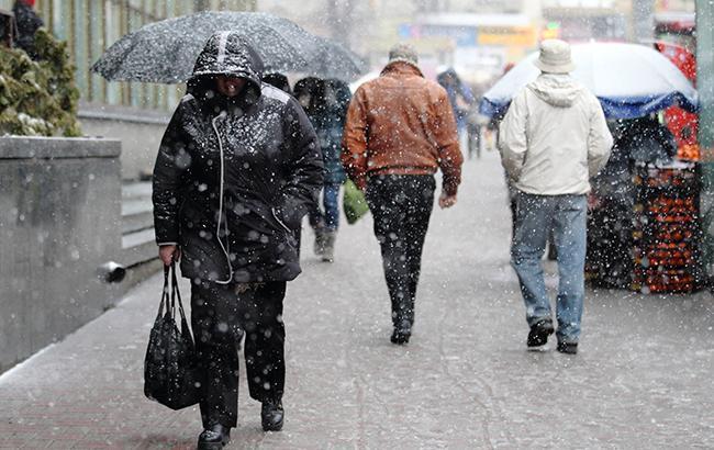 В Украину пришла весна: Синоптики предупреждают о штормовом ветре и ливни