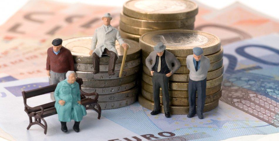 В Украине предложили отменить пенсии: приживется ли в обществе такая идея?