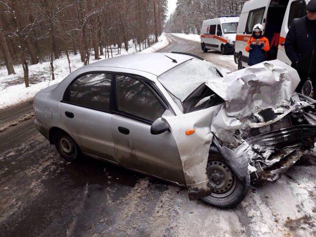 Смертельное ДТП: Водитель авто не справился с управлением и врезался в маршрутку