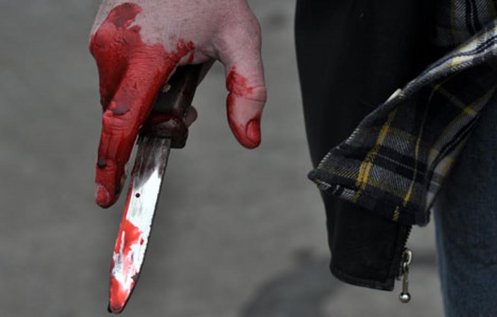 «Пришла забирать сына из садика, а взамен…»: Неизвестный нанес женщине 10 ножевых ранений