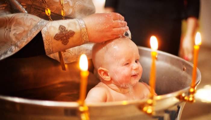 Таинство крещения: Когда крестить и кому нельзя быть крестными? Все, что нужно знать молодым родителям