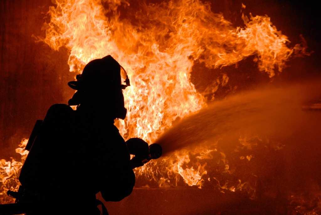 «Пожарные опоздали…»: Во Львовской области мужчина сгорел заживо в доме
