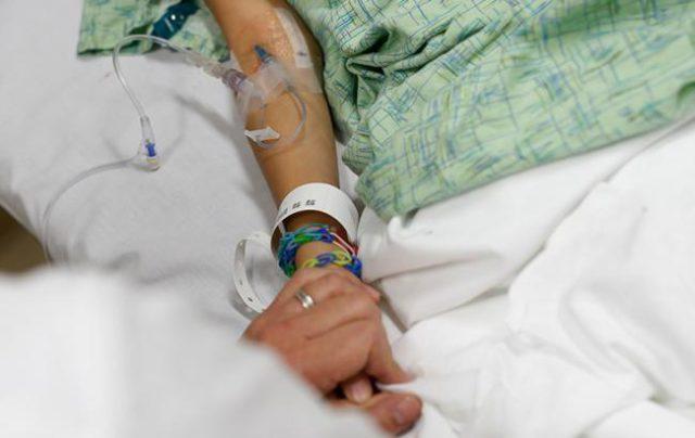«Они там кричали, бегали, врачей вызвали»: При странных обстоятельствах в больнице умерла молодая роженица