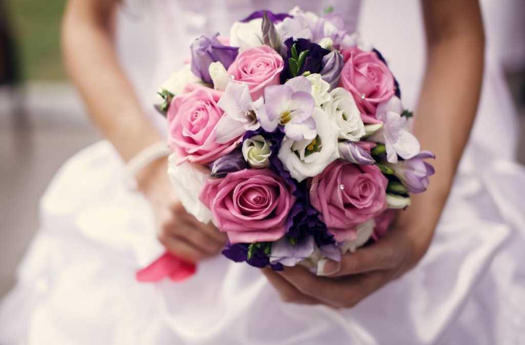 «Жениху — 97 лет, невесте…»: На Франковщине сыграли «странную» свадьбу