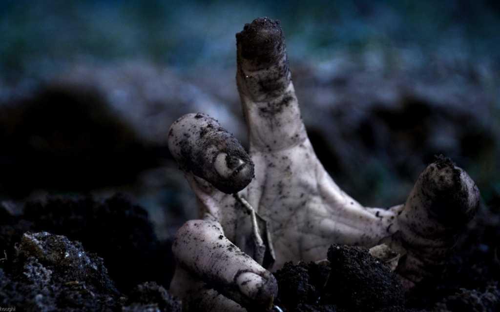 «Когда мальчику откопали, он уже не дышал»: Детская игра обернулась трагедией