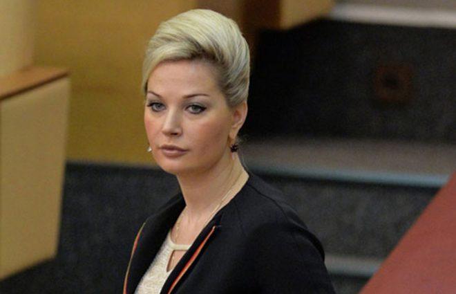 «Прекрасно знают»: Максакова в прямом эфире рассказала об отношениях с заказчиком убийства Вороненкова
