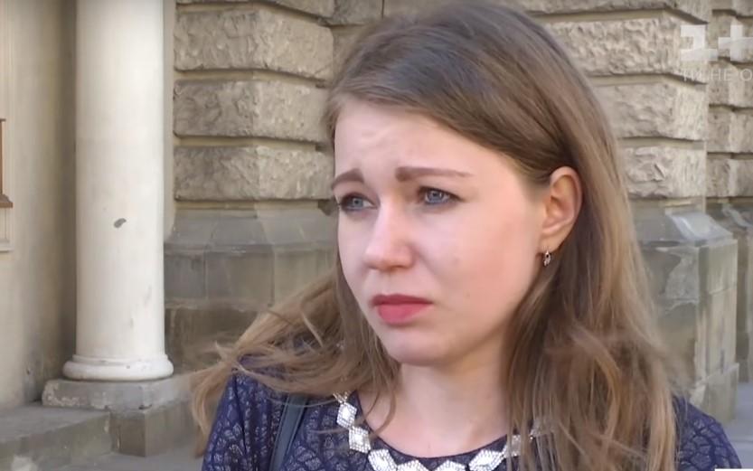 «Я обучаю детей патриотизму…»: Учительница-депутат, которая поздравила Гитлера, сделала скандальное заявление