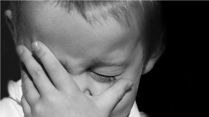 «Отпраздновали» Пасху так, что пришлось вызывать скорую: Пьяные родители до полусмерти избили детей