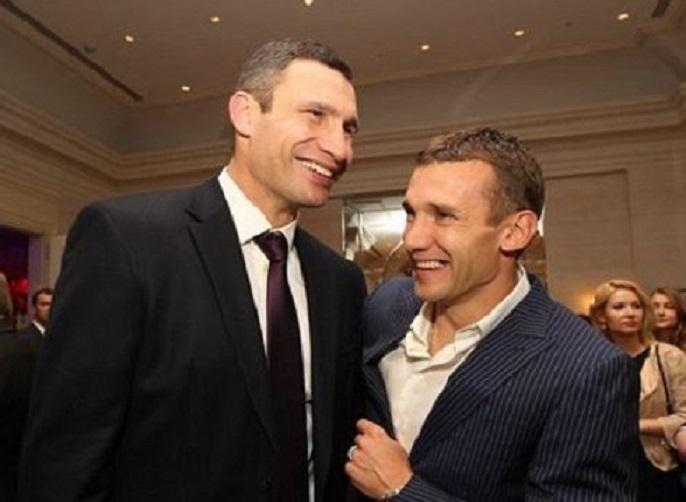 Еще один конфуз: Андрей Шевченко опозорился с Кличко на жеребьевке Лиги чемпионов