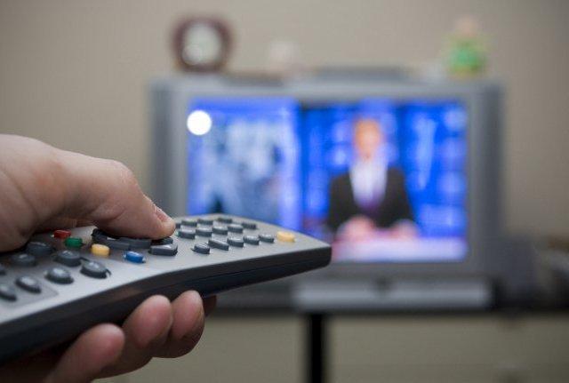 С телевизором, но без любимых программ: Украинцев переведут на платное ТВ. Когда и как