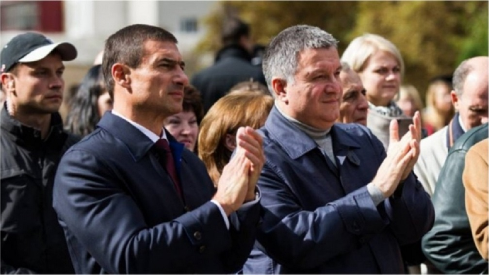 Соратник Авакова получил миллионную прибыль и … пуховик: Что задекларировал нардеп Игорь Котвицкий
