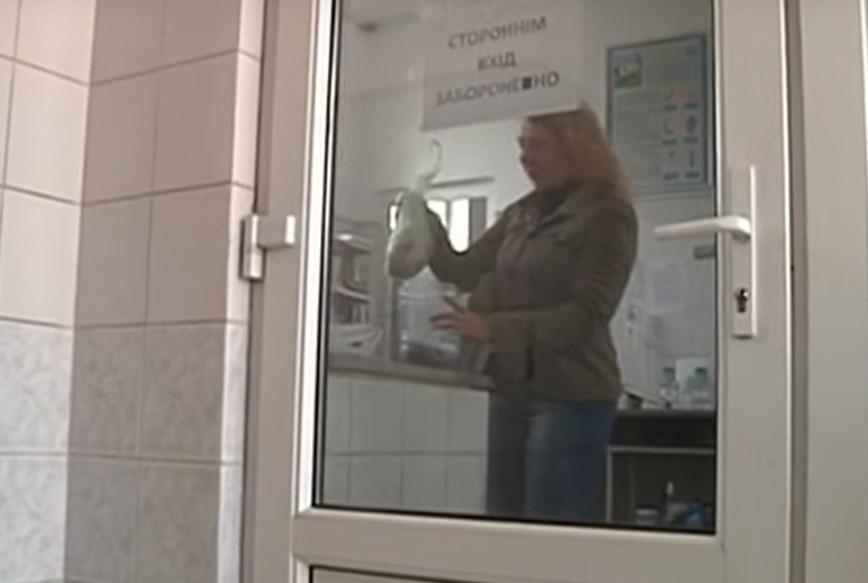 «Купила свиное легкое, разрезав его…»: Сеть шокировало то, что нашла украинка в мясе