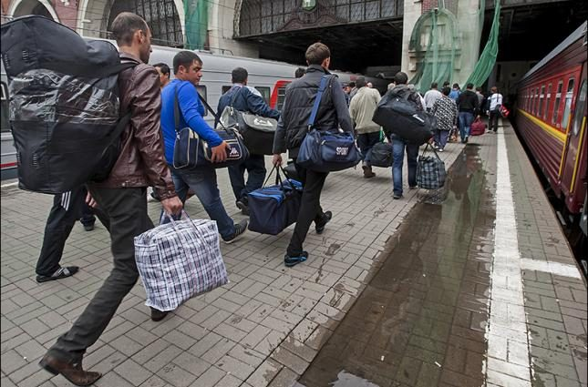 «Обязан подать годовую налоговую декларацию, в которой должно быть…»: Что ждет украинских зароботчан и что уже происходит