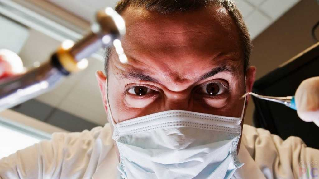«Я почувствовала  что что-то задело стенку горла, закашлялась…»: Стоматолог в частной клинике уронил иглу в горле пациентки