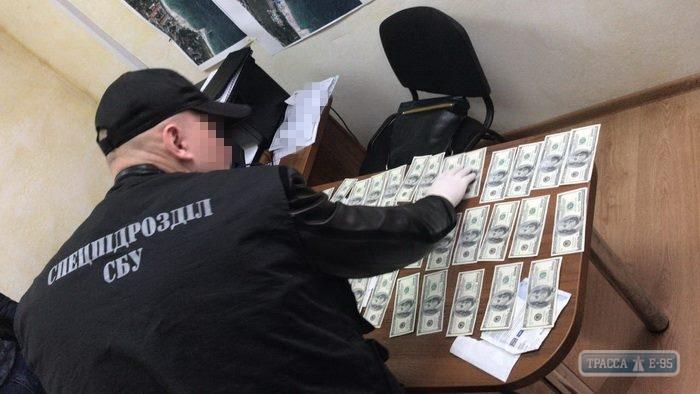 Известный одесский чиновник попался на крупной взятке