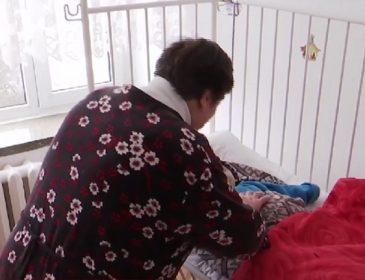 Пока дедушка и бабушка сажали картошку: 2 летний ребенок наглотался таблеток для сердца и умер