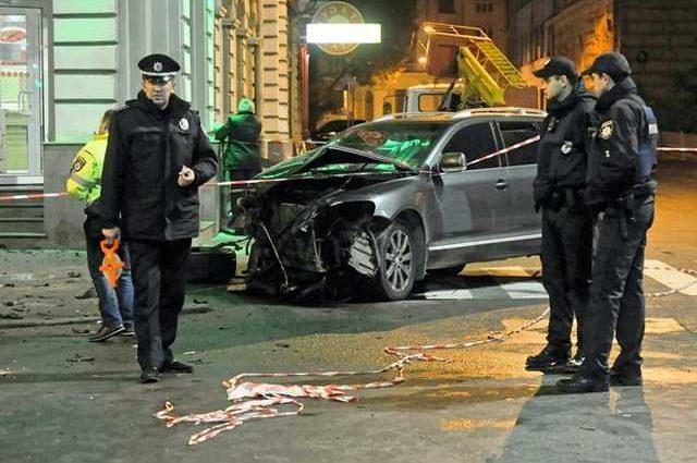 «У Дронова все руки были в крови…»: Свидетель подробно рассказала о первых секундах харьковской ДТП