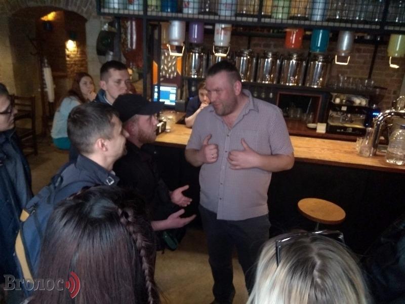 Причастна чиновница Садового: Стали известны интересные подробности о львовском баре, который оскандалился из-за российской попсы