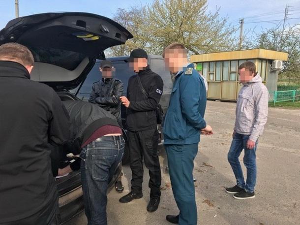 Взяточничество на таможне: СБУ «на горячем» задержала чиновника