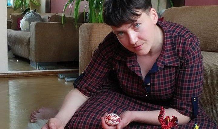 «Гранаты и Пасха…»: Сестра Савченко сделала неожиданное поздравление